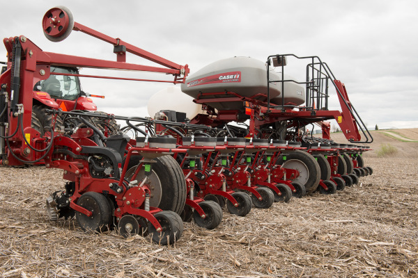 Case IH 2150 Front-Fold 24Row 30 for sale at Kunau Implement, Iowa