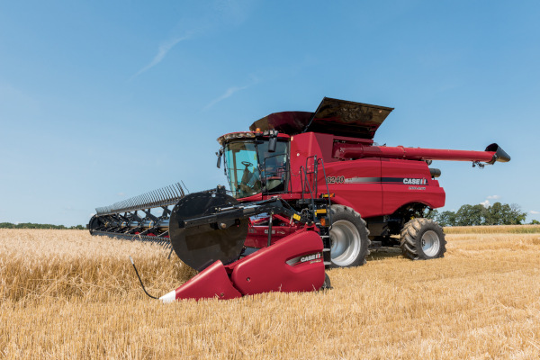 Case IH 3152 Draper Head for sale at Kunau Implement, Iowa
