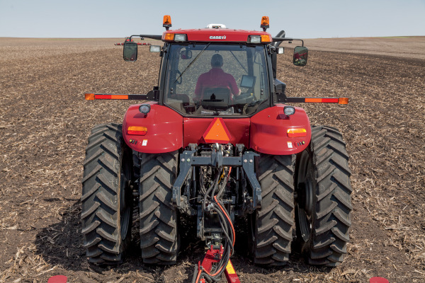 Case IH Magnum 280 for sale at Kunau Implement, Iowa