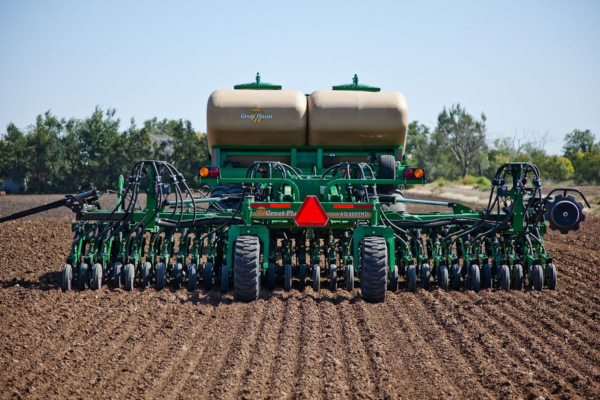 Great Plains | Air Drills | 20' & 30' No-Till for sale at Kunau Implement, Iowa