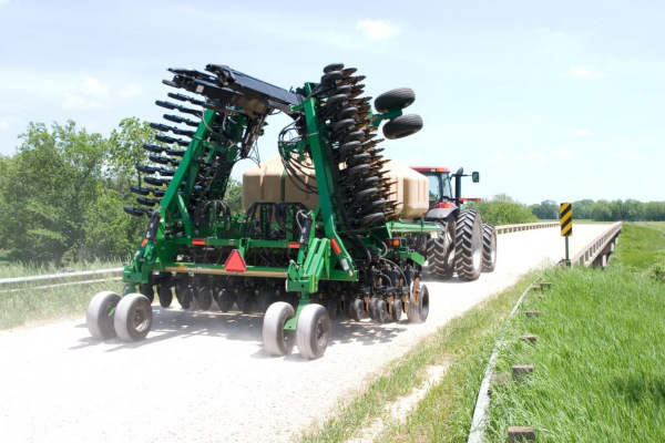 Great Plains | Air Drills | 30' & 35' No-Till for sale at Kunau Implement, Iowa