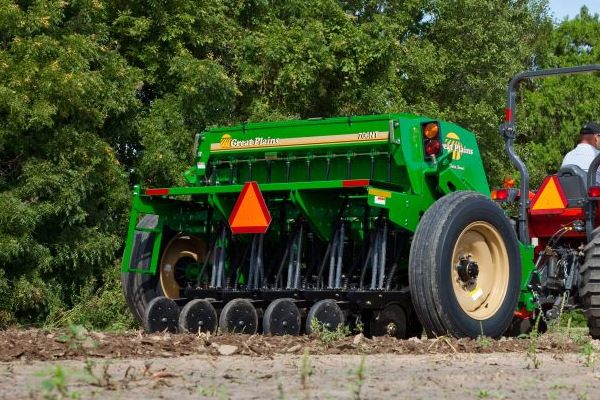 Great Plains | Compact Drills | 7' End Wheel No-Till Compact Drill for sale at Kunau Implement, Iowa