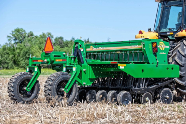 Great Plains | Compact Drills | 8' & 10' Mounted No-Till Compact Drills for sale at Kunau Implement, Iowa