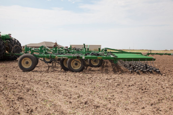 Great Plains | Conventional Tillage | Field Cultivator for sale at Kunau Implement, Iowa
