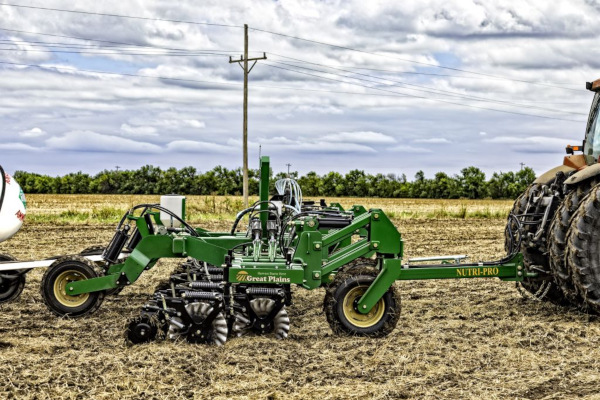 Great Plains | Precision Application | Nutri-Pro® Pull-Type for sale at Kunau Implement, Iowa