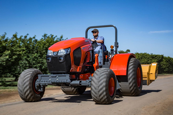 Specialty Tractors - M Low Profile