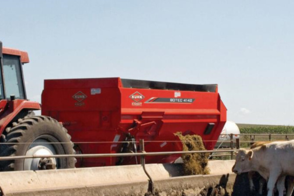 Kuhn | 4-Auger Horizontal Mixers | 4-Auger Horizontal TMR Mixers for sale at Kunau Implement, Iowa