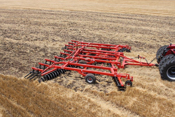 Kuhn | Class II: All-Purpose  | 8210 Tandem for sale at Kunau Implement, Iowa