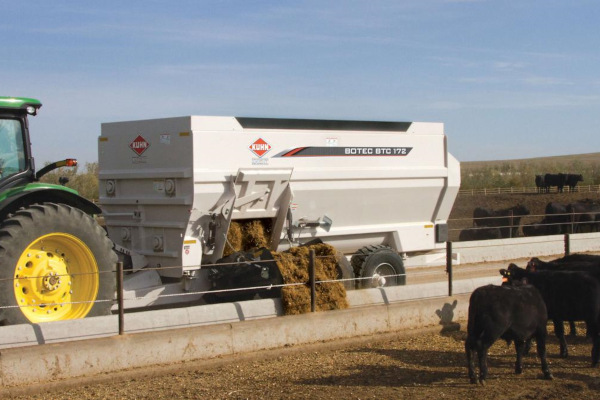 Kuhn | 4-Auger Horizontal Mixers | BTC 100 Series for sale at Kunau Implement, Iowa