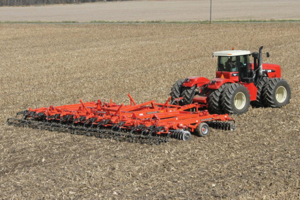 Kuhn EXCELERATOR 8005-14 for sale at Kunau Implement, Iowa