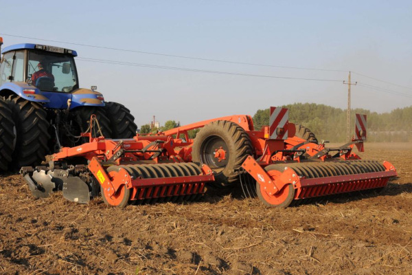 Kuhn OPTIMER+ 303 for sale at Kunau Implement, Iowa