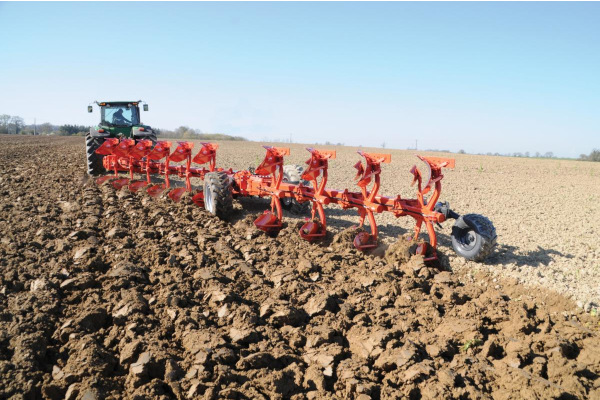 Kuhn | Plows | Semi-Mounted Rollover Plows for sale at Kunau Implement, Iowa
