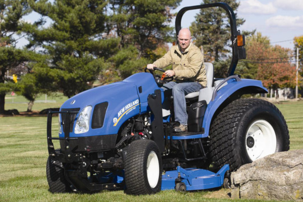 New Holland | Front Loaders & Attachments | Mid-Mount Finish Mowers for sale at Kunau Implement, Iowa