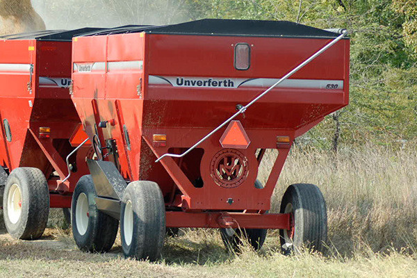 Unverferth 530 for sale at Kunau Implement, Iowa