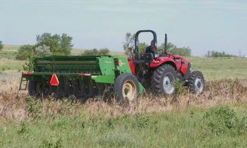 Compact Drills - 10' End Wheel No-Till Compact Drill