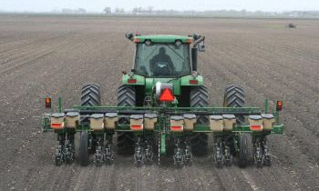CroppedImage350210-GreatPlains-6-Row-3pt-mounted.jpg