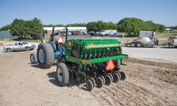 Compact Drills - 6' End Wheel No-Till Compact Drill