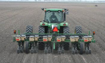 CroppedImage350210-GreatPlains-8-Row-3pt-mounted.jpg