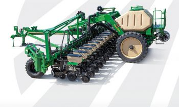 Dry or Liquid 16-Row Yield-Pro® Planters YP-1625AHD