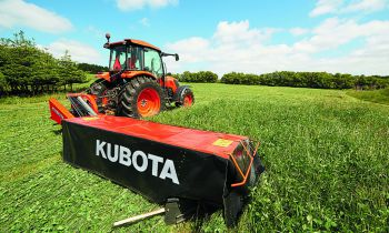 CroppedImage350210-Kubota-DM1024-Disc-Mower.jpg