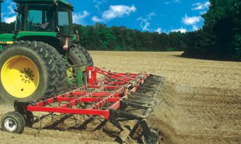 Seedbed Tillage - Perfecta® Field Cultivators