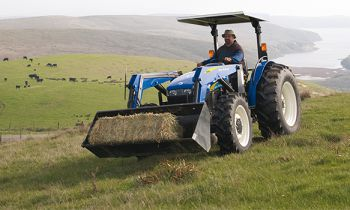 CroppedImage350210-newholland-611TL-frontloaderattachment.jpg