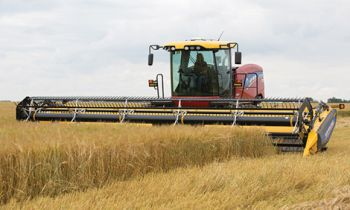 CroppedImage350210-newholland-speedrower-220.jpg