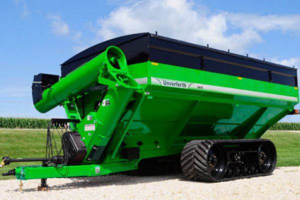 Unverferth | 20 Series Dual-Auger Grain Carts | Model 1610 for sale at Kunau Implement, Iowa