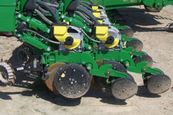Yetter | Planter Unit Mounted | Model 2966-020-L-STFW for sale at Kunau Implement, Iowa