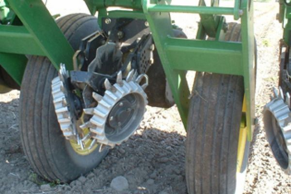 Yetter | Planter Unit Mounted | Model 2967-013 (John Deere) for sale at Kunau Implement, Iowa