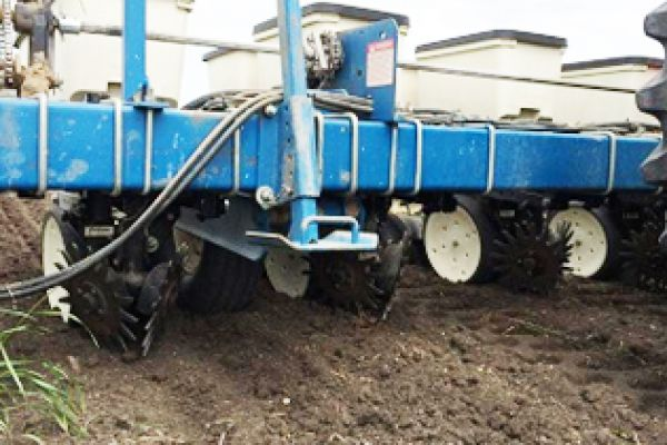 Yetter | Planter Unit Mounted | Model  2967-028 (John Deere) for sale at Kunau Implement, Iowa