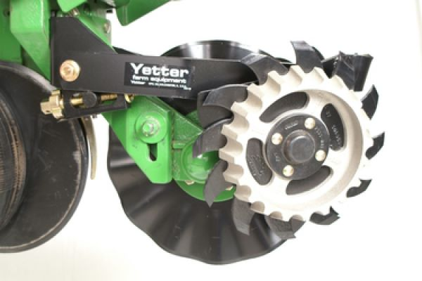 Yetter 2967-043 for sale at Kunau Implement, Iowa