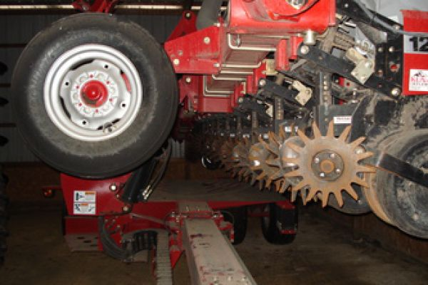 Yetter | Planter Unit Mounted | Model 2967-106 for sale at Kunau Implement, Iowa