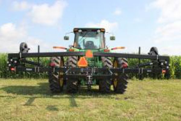 Yetter | 40 Foot Toolbar | Model 3841-102 Single Locking Hydraulic Toolbar for sale at Kunau Implement, Iowa