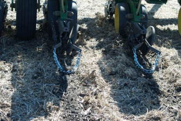 Yetter | Drag Chain | Model 6200-108 for sale at Kunau Implement, Iowa