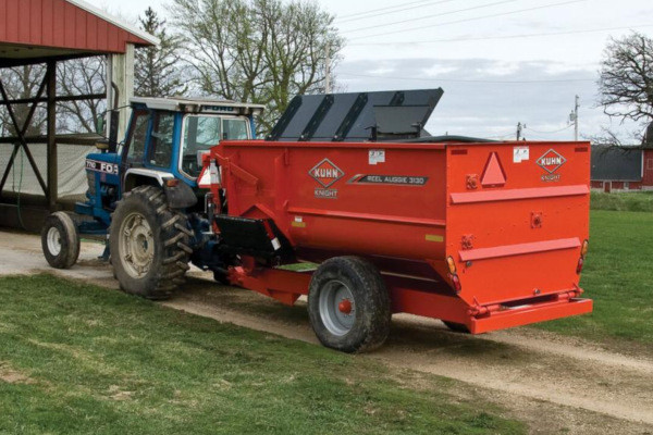 Kuhn 3115 Trailer for sale at Kunau Implement, Iowa